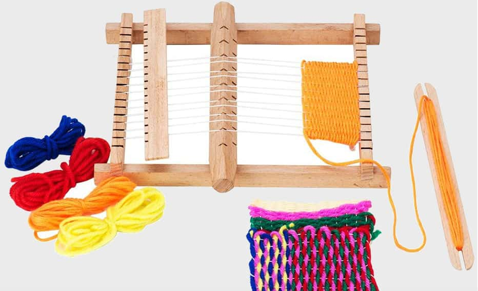 How To Use A Weaving Loom