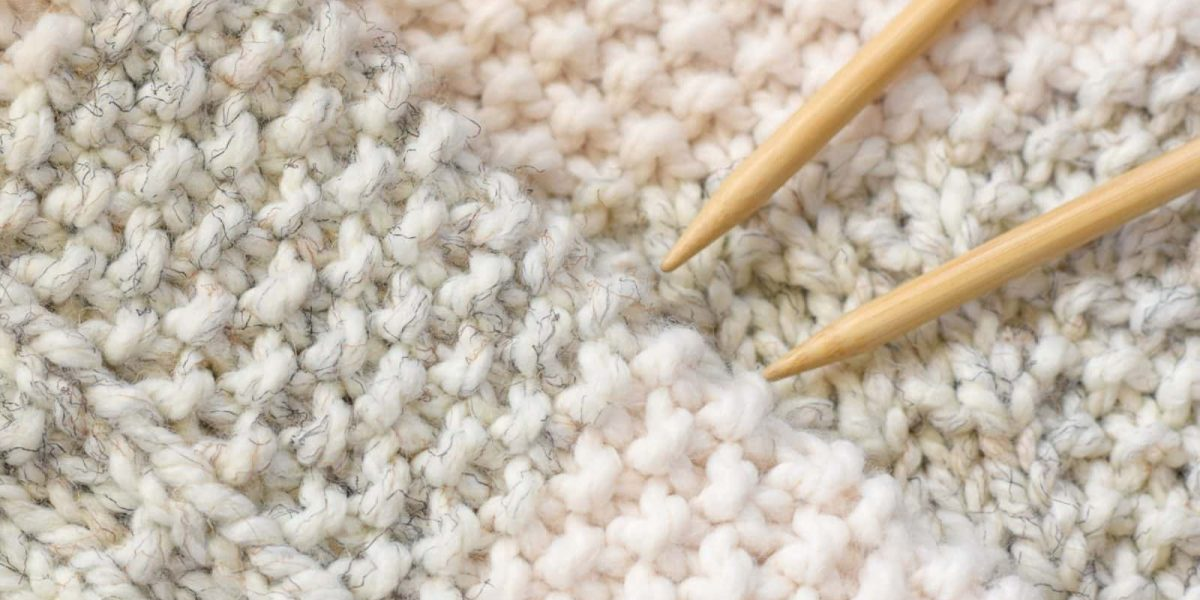 How to knit a blanket with straight needles
